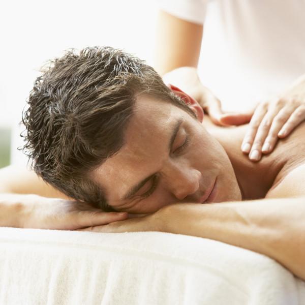 Massagem profunda e descontraturante geral